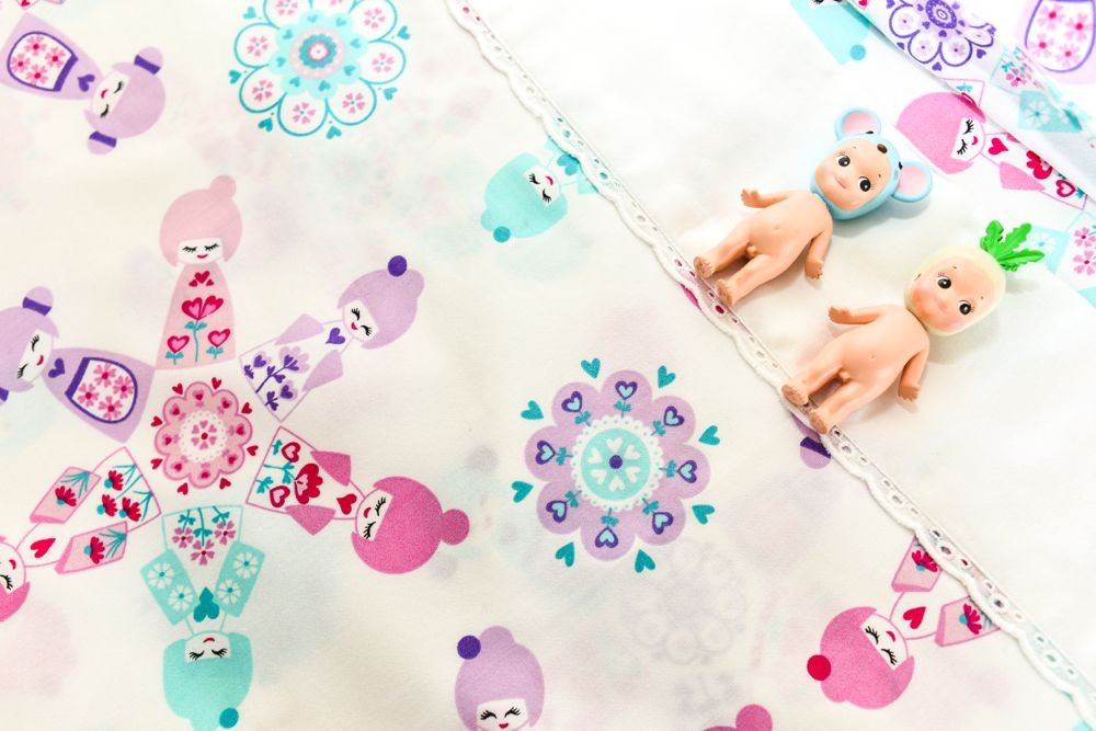 "Moonlit Sleep Organic Cotton Sheet Set ""Doll Picnic"" Design"
