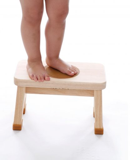 HEVEA RUBBERWOOD BABY STOOL